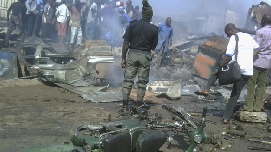Ученички се самовзривиха в Нигерия, десетки убити