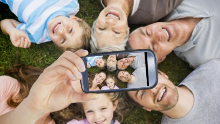 снимка селфи семейство щастие телефон технология
