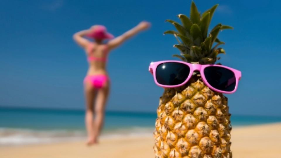 почивка ананас лято море плаж