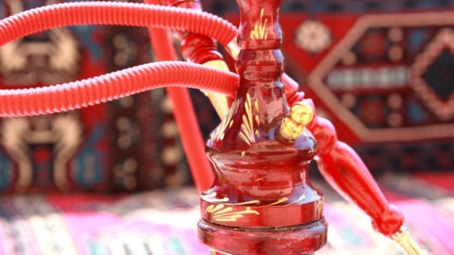 Турция ще въведе ограничения за пушенето на наргиле