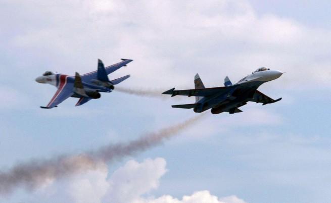 Си Ен Ен: Руски изтребител е прелетял през май на три метра от самолет на САЩ над Черно море