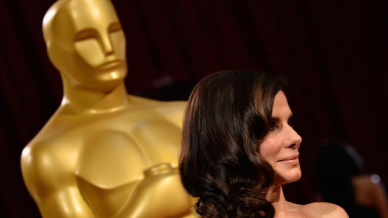 актриса приходи Холивуд Сандра Бълок Дженифър Лорънс Анджелина Джоли филм