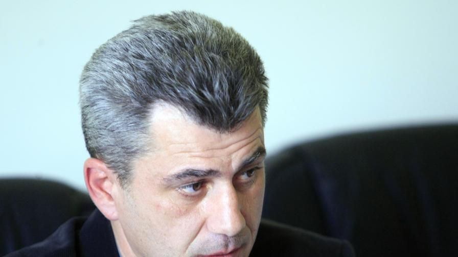 Проф. Стоян Миланов