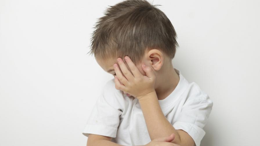 Учени откриха защо някои хора страдат от аутизъм