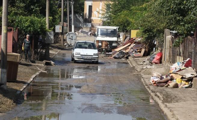 Протест в Мизия, прокуратурата не знае защо е наводнението