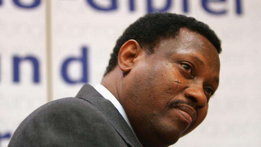 Председателят на парламента на Нигер избяга във Франция