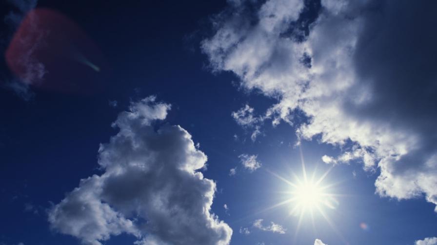 Учени: Озоновият слой бавно се възстановява