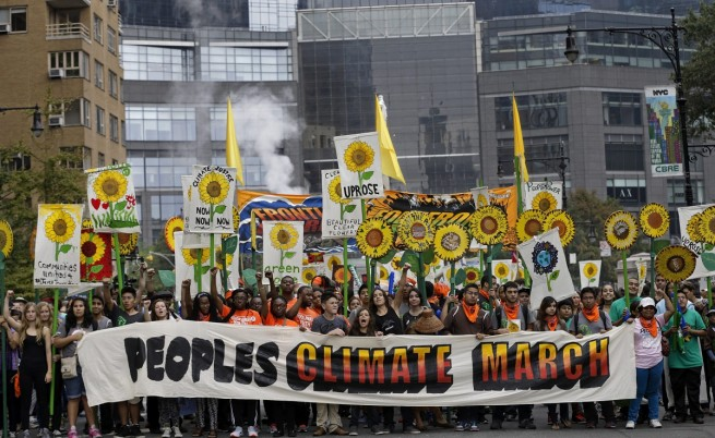 Стотици хиляди поискаха спешни действия срещу климатичните промени