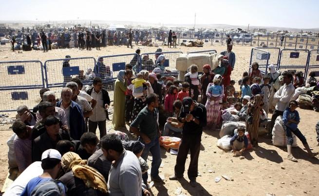 Над 130 000 кюрди от Сирия са влезли в Турция през последните дни
