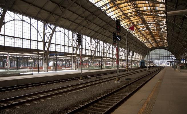 Затвориха част от централната гара на Прага заради подозрение за ебола