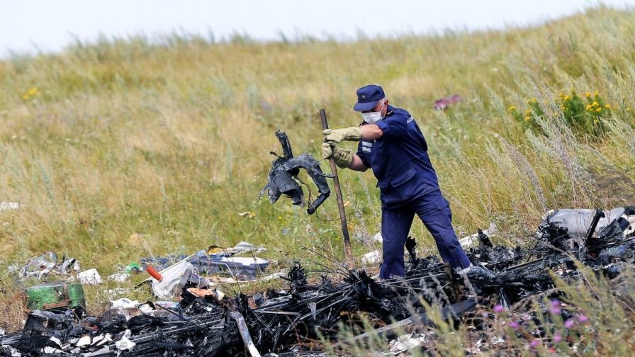 Берлин: Сепаратистите са свалили самолета над Украйна