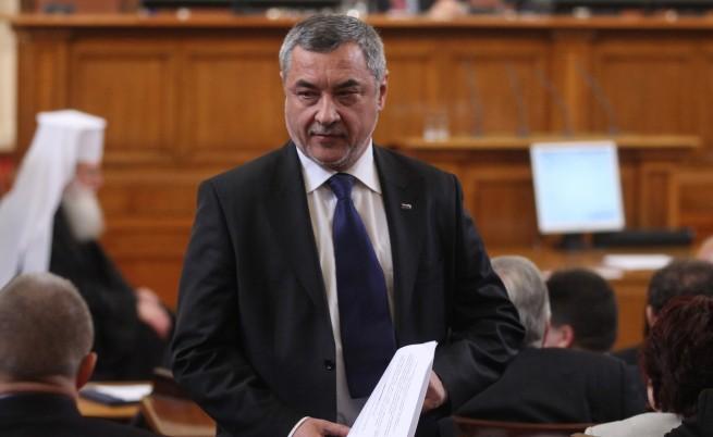 Симеонов призова Борисов за по-малко прерязани ленти и повече работа