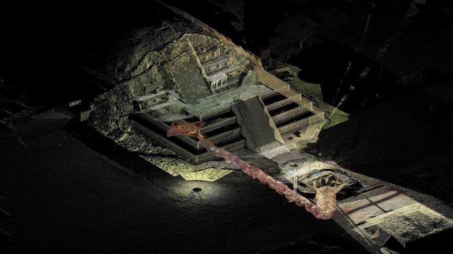 Показаха реликви, открити в свещен тунел в Теотиуакан
