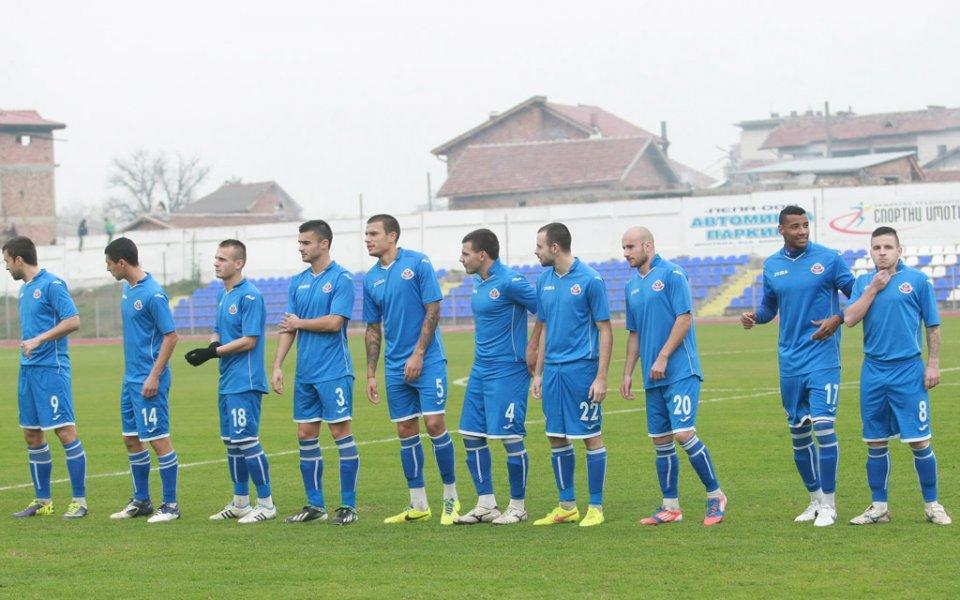 Монтана удари Локомотив Мездра в контролна среща