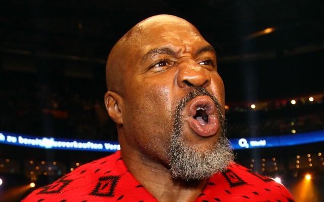 46-годишният бивш шампион по бокс в тежка категория Шанън Бригс