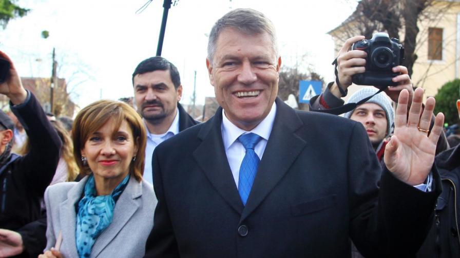 Изненада: Новият президент на Румъния ще е Клаус Йоханис