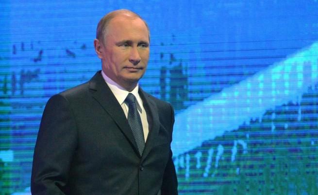 Путин: Можеш да получи много повече с учтивост и оръжие, отколкото само с учтивост