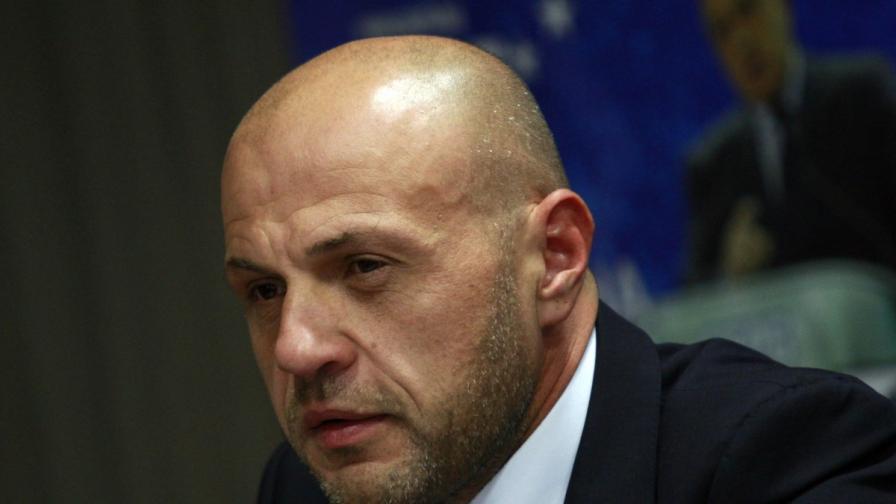 """Дончев: """"Тотал"""" намериха нефт в Черно море"""