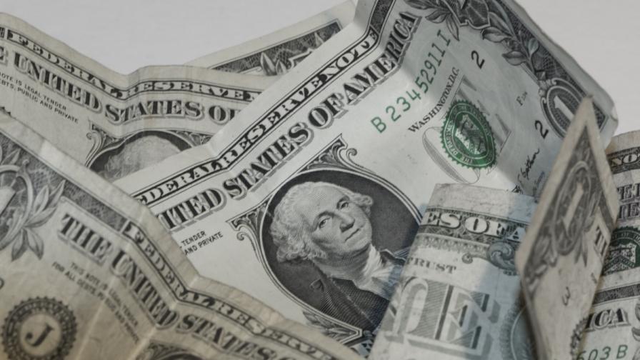 Русия продава валутните си резерви