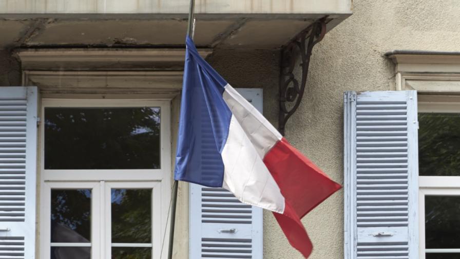Странни обири на малки кметства във Франция