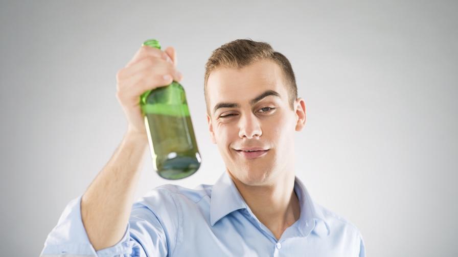 Обичаме алкохола от 10 милиона години