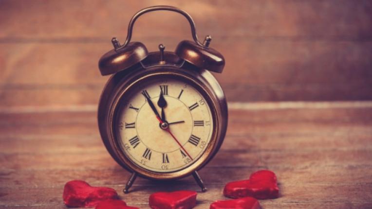 часовник време любов