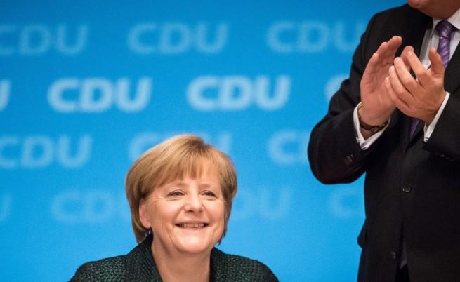 Меркел беше преизбрана за осми път начело на ХДС