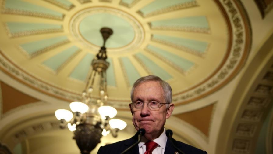 Лидерът на мнозинството в Сената на САЩ сенатор Хари Рийд
