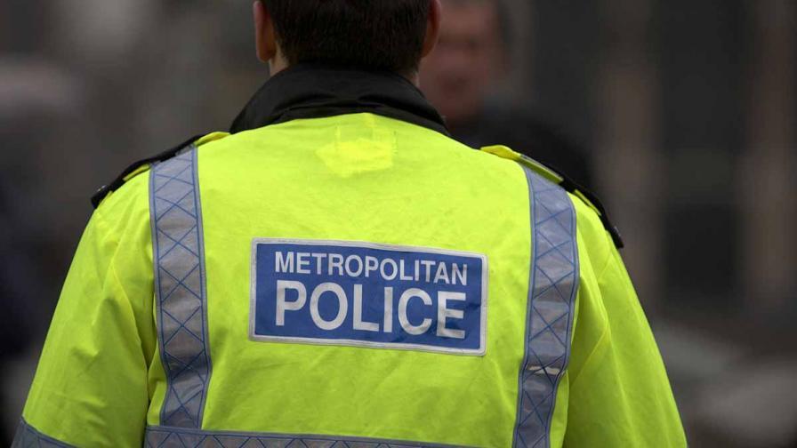 <p>Българка банкерка в Лондон арестувана за 2 млрд. долара</p>