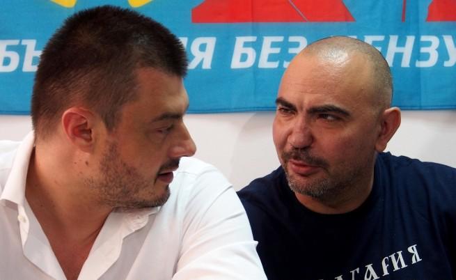 Росен Петров напусна
