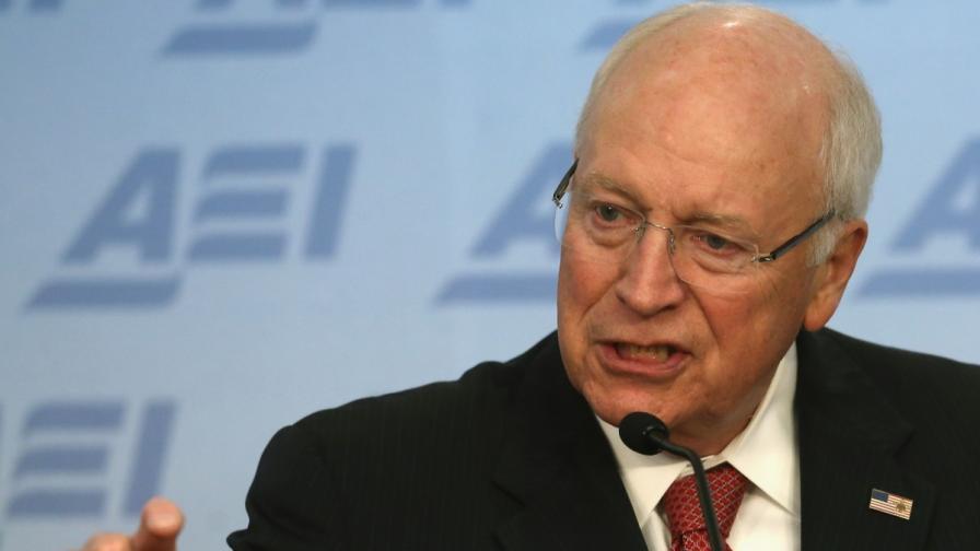 Дик Чейни: Разпитващите от ЦРУ са герои, а не мъчители