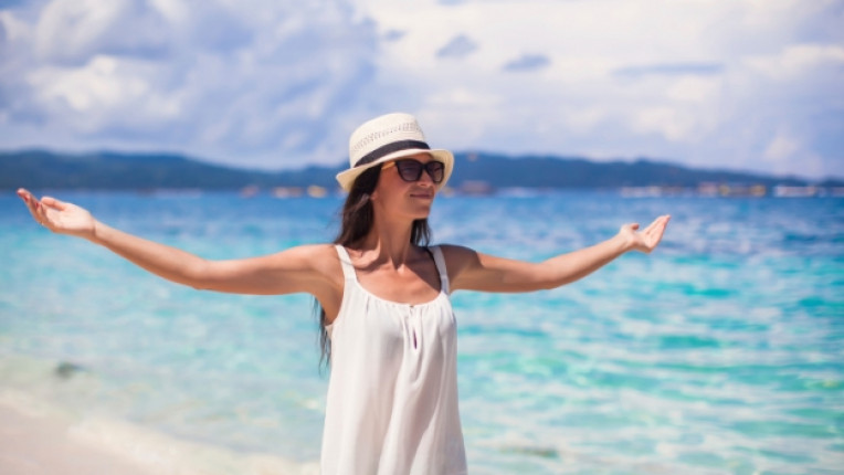 жена плаж екзотика свобода слънце море