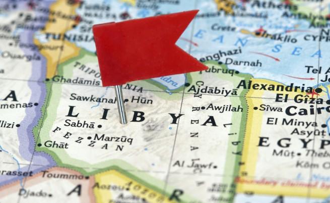 Джихадисти нападнаха хотел в Триполи, има жертви