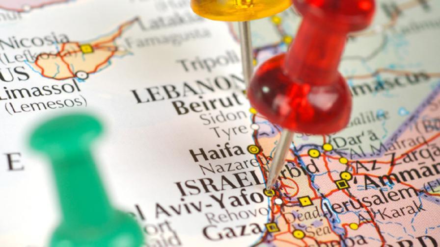 Водещо издателство изтегля атласи, изпуснало Израел