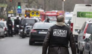 Задържаха 5 чеченци във Франция, готвели атентат