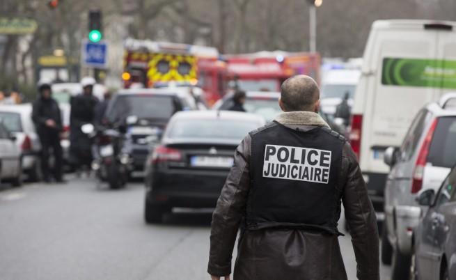 Задържаха петима чеченци във Франция, готвели атентат