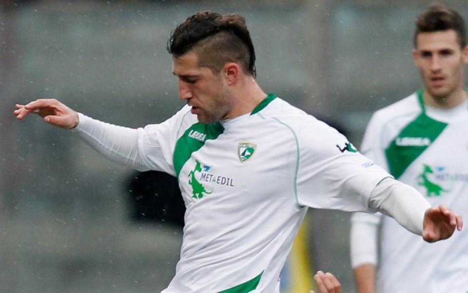 Гълъбинов и Новара с първа победа в Серия Б