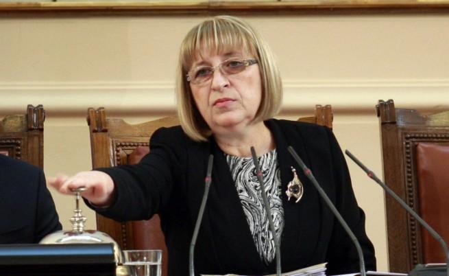 В първия работен ден на НС – заявка за реформи и критики към властта