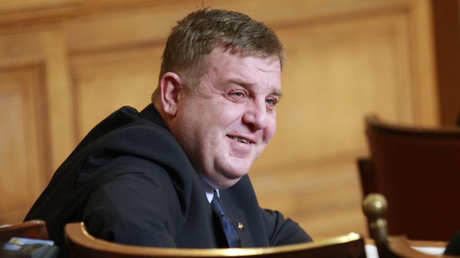 Каракачанов за вота в чужбина: Къде е проблемът