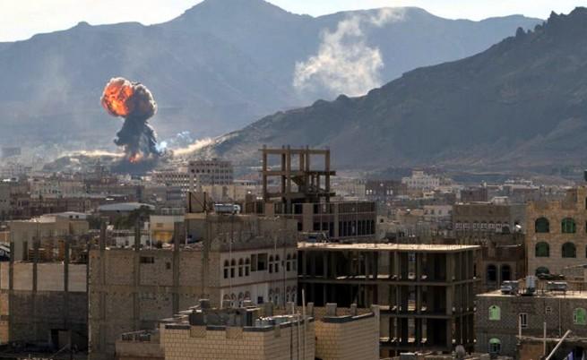 Арабската коалиция нанесе нови въздушни удари в Йемен