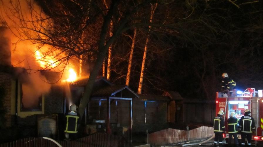 Пожар унищожи заведение в Русе
