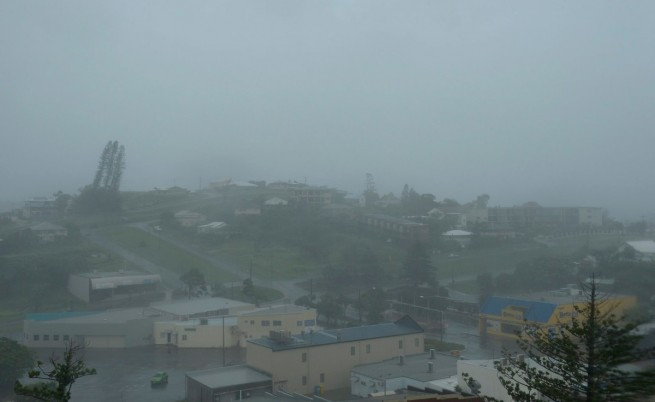 Ужасяваща буря удари североизточната част на Австралия