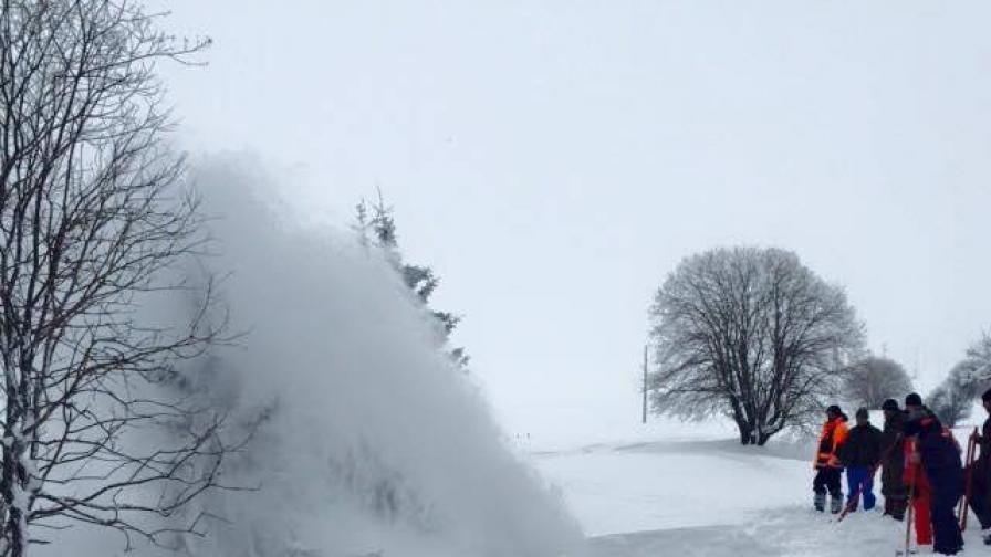 В Родопите все още има откъснати заради снега селища