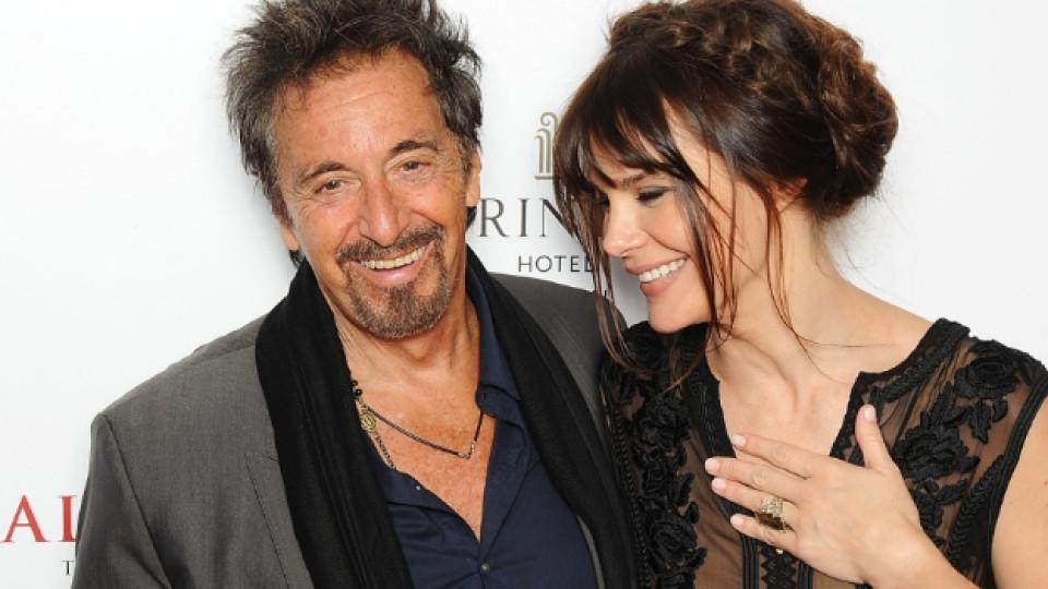 Ал Пачино заедно с приятелката си Лусила Сола
