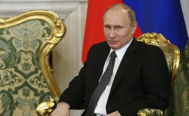 Кремъл: Путин не очаква дете от Алина Кабаева