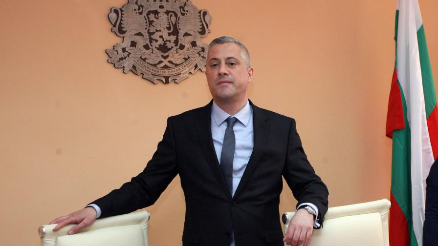 Божидар Лукарски