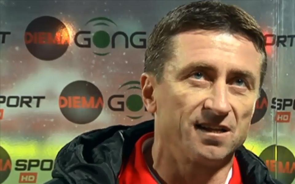Анатоли Нанков, който е част от треньорския щаб на казахстанския