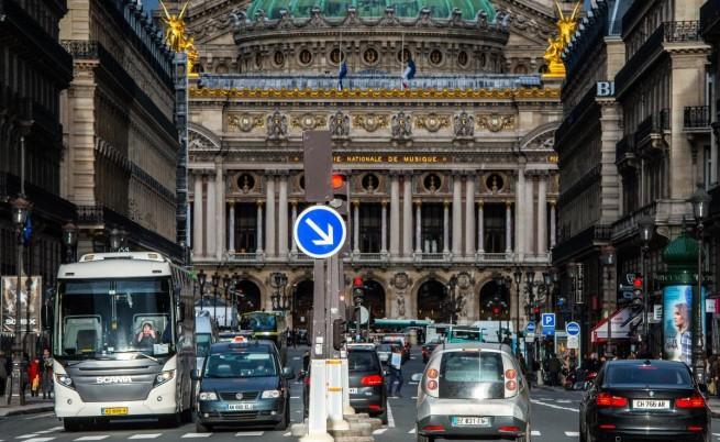 Париж ограничава наполовина автомобилния трафик