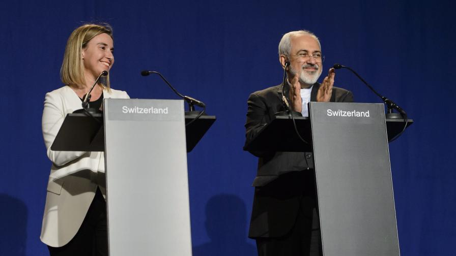 Първият дипломат на ЕС Федерика Могерини и външният министър на Иран Джавад Зариф