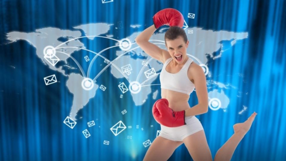 Как тренират жените по света